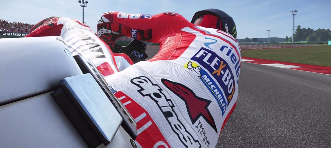 Lorenzo & Ducati Comparison lap – MotoGP17 game vs MotoGP real